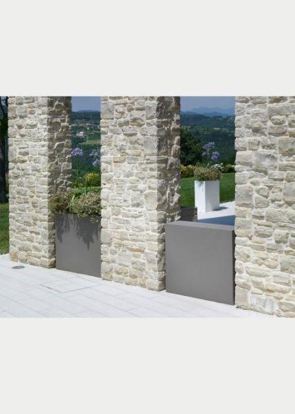 jardini re haute rectangulaire en r sine. Black Bedroom Furniture Sets. Home Design Ideas